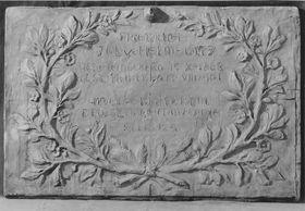 Grabtafel für Friedrich Julius von Helmholtz an der Grabstätte der Familie Helmholtz in Berlin (Modell)
