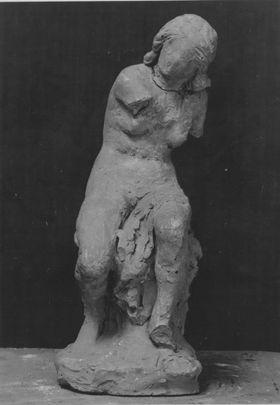 Bozzetto eines sitzenden weiblichen Aktes