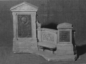 Modell für die Grabstätte der Familie Hermann von Helmhotz in Berlin
