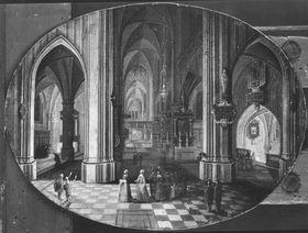 Prozession in einer gotischen Kirche
