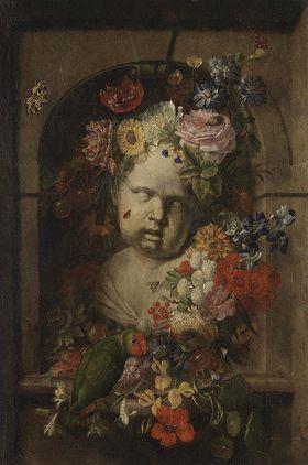 Amorbüste mit Blumen